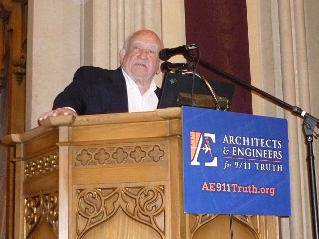 Ed Asner In LA May 28 2009